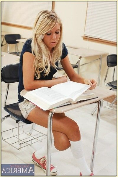 Low-spirited university blonde Brynn Tyler in the matter of hot reality sex with her teacher