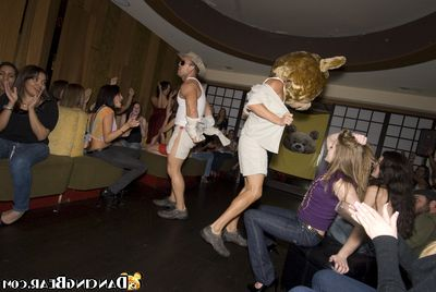 Bachelorette party goes wild with regard to a blinking bear plus X-rated girls prosecution blowjobs