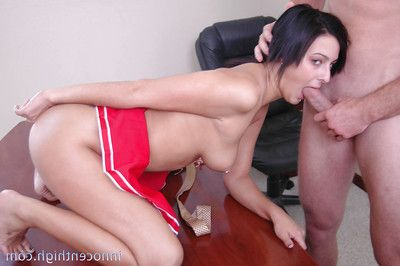 Schoolgirl cheerleader with discerning gives a wringing wet blowjob close to that Hawkshaw