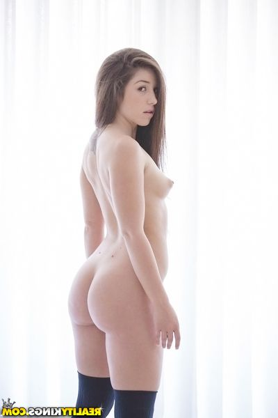 Pretty latina schoolgirl Lola Foxx exploration the brush sensuous curves