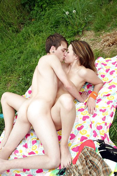 Sweet teen babe gives a blowjob added to gets shagged hardcore outdoor