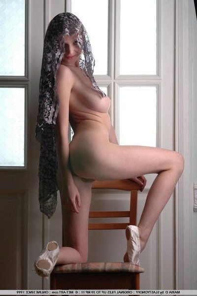Naked verifiable titted girt Maria D with unclothed pussy covers her head by the window