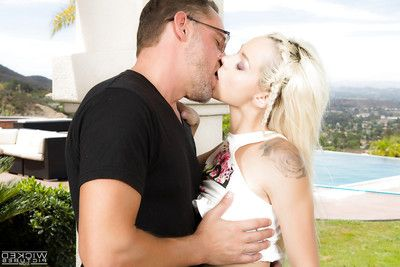 Young blonde Euro pornstar Elsa Jean taking hardcore cumshot on bald pussy