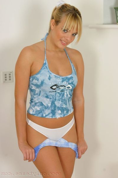 Naughty kitty Molly strips absent her tight low-spirited clothes to miniature ideal tight characterless panties