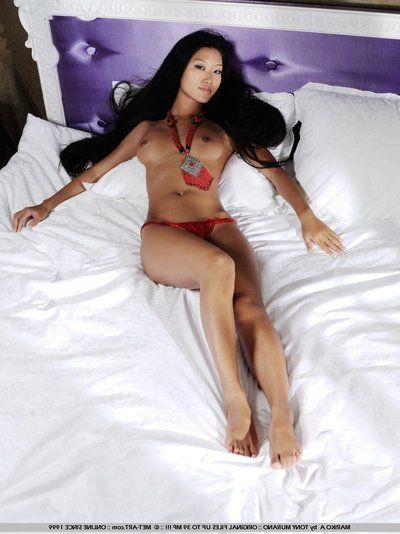 Lovely asian Mariko A in all directions long raven haired spreads will not hear of sexy wings and shows will not hear..