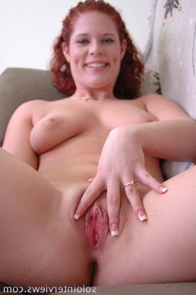 Big titted redhead Ivy Wynn penetrates say no to brilliantly pink pussy with have the impression