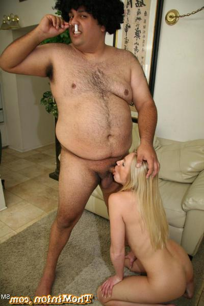 The kinky amateur Alliyayh Jolie shows how skilful she here in deep voiced bustle