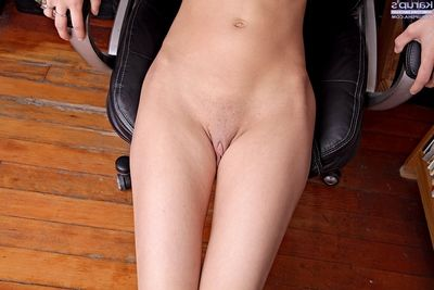 Shy joyless tiro getting nude and exposing her goods in lawcourt