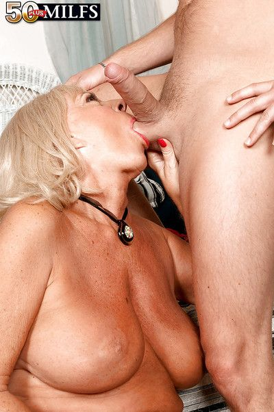Luscious granny in red lingerie Mandi McGraw put on her fours and screwed