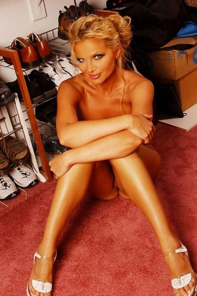 Naked big boobed glamorous milf Victoria Zdrok spreads her long legs on the floor