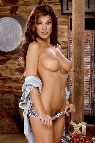 Perfect boobed babelcious cowgirl Isabella Camille demonstrates her hole in the barn