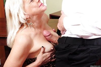 First class blowjob and handjob done by a blonde granny Sindy