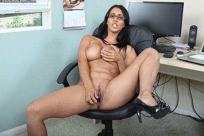 Four-eyed big racked latina mom Isis Love opens her legs and masturbates in the office
