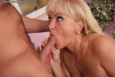 Lustful blonde mom in stockings has some pussy licking and cock sucking fun