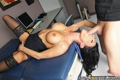 Beautiful milfy doctor Jessica Jaymes with jet black hair and big boobs has sex with patient