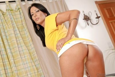 Clothed older lady Zoey Holloway loosing round ass from micro skirt