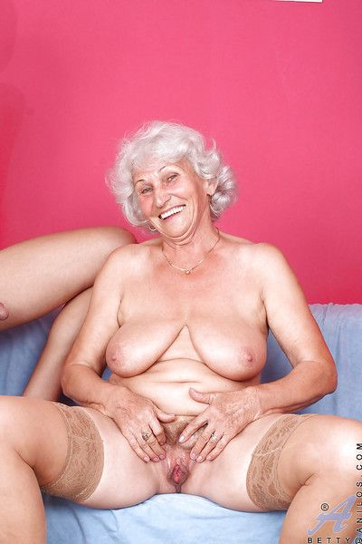 Chubby granny in nylon stockings gets penetrated by a long and stiff dick