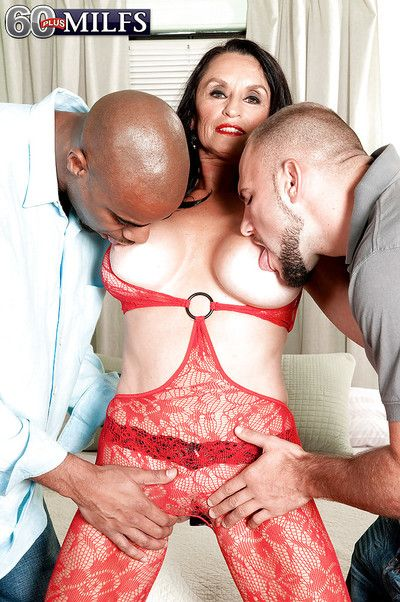 Mature with huge melons Rita Daniels dirty hard fucked by two males