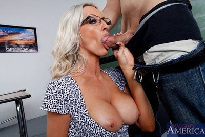 MILF in stockings Emma Starr is ready for some large cum shot loads in the end.