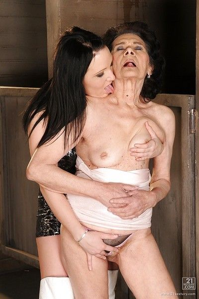 Young lesbian gets licked by a very old lady with tiny tits