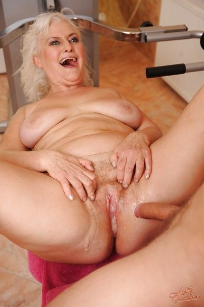 Saucy granny gets her twat cocked up and creampied by a sporty guy