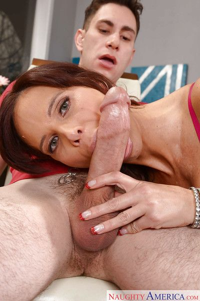 Naughty cougar Syren De Mer giving younger man\