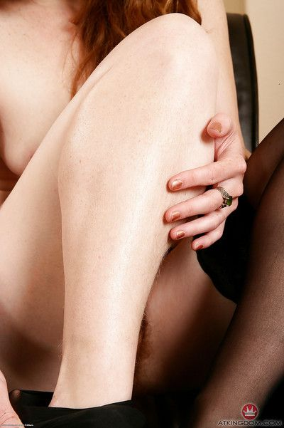 Mature woman in stocking clad feet Ana Molly tugging on pubic hairs