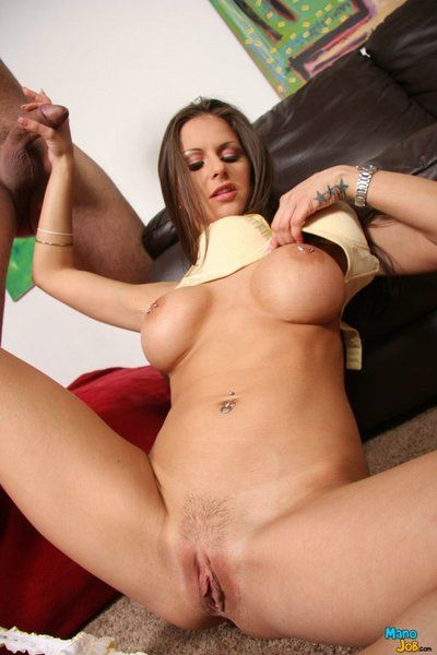 This luscious milf Rachel RoXXX knows how to play with the dick to make it explode