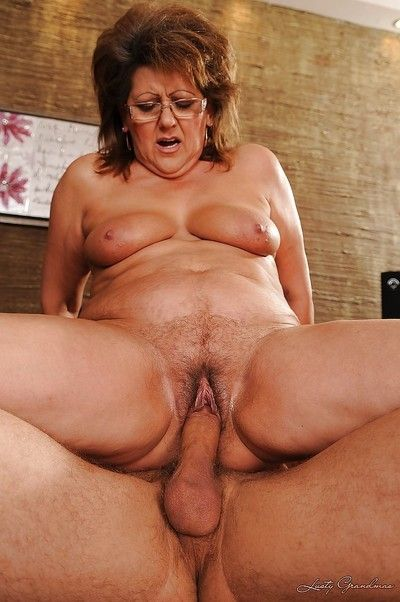 Chubby granny has some pussy licking and fucking fun with a younger lad