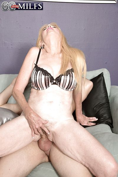 Aged blonde granny Charlie taking cumshot in mouth after hardcore fuck