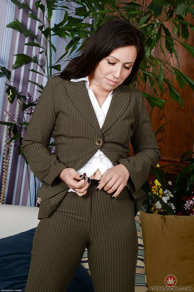 Older brunette lady Lisa Smith exposing spread ass underneath business suit