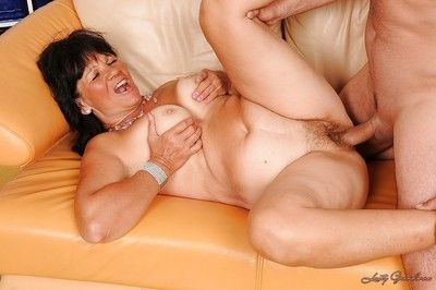 Chubby granny Helena May gives a blowjob and gets fucked hardcore