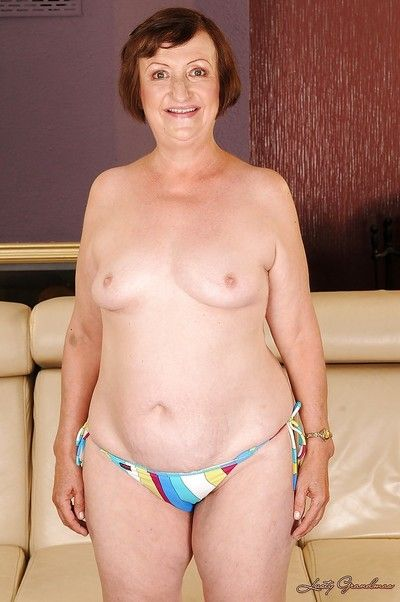 Fatty granny with tiny tits Eve Tickler taking off her bikini