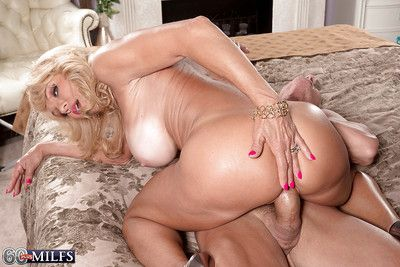 Buxom blonde granny Cara Reid giving bj before hardcore fucking and cumshot