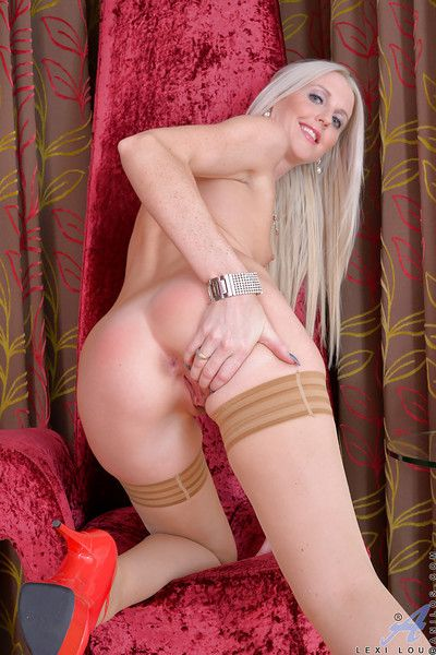 Long-haired blonde Lexi Lou demonstrates her shaved snatch so sexy