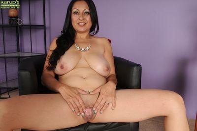 Big tits Latina babe Valerie Worthington teases her mature big tits