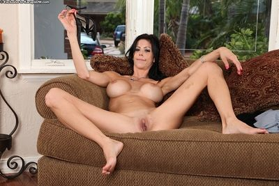 Leggy mature brunette Alexis Fawx finger fucking pussy to orgasm