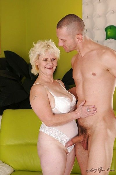 Cock hungry granny gets pounded hard and takes a cumshot in her eager mouth