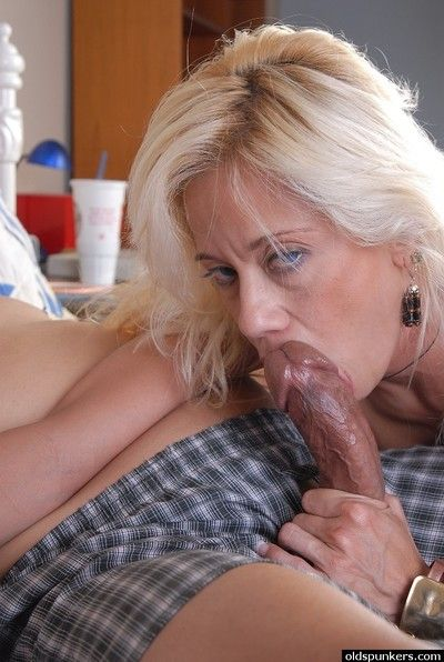 Slutty blond granny sucks dick and takes big load of cum inside pussy