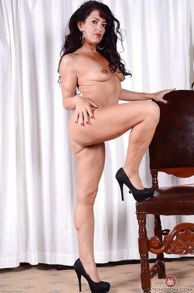 Gabrielle Lane