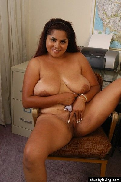 Older fatty Nikki unveiling massive boobs before toying pink vagina