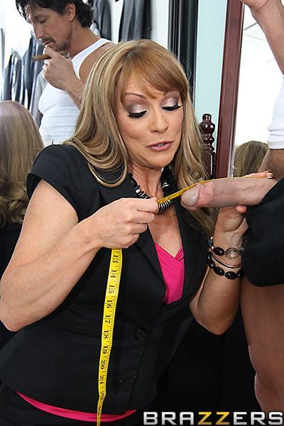 Mature babe Shayla Laveaux in nylons takes heavy cock in her thirsty pussy