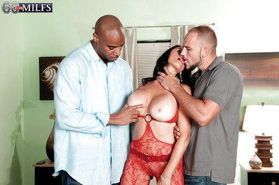 Brunette mature Rita Daniels gets cum on face after a mature anal threesome