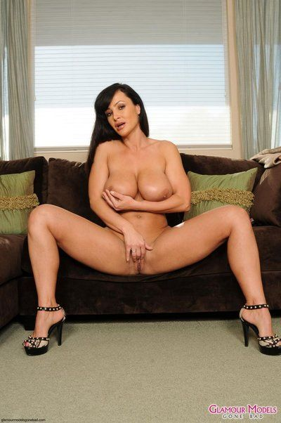 Smoking hot milf Lisa Ann with DD boobs and beautiful big bubble ass takes off her lingerie