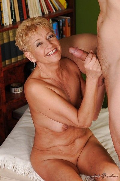 Sex-hungry granny has some pussy licking and drilling fun with a younger lad