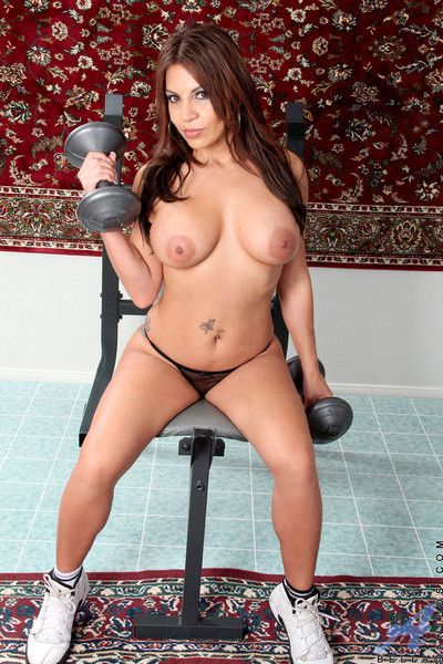 After her workout at the gym bella takes off her thong and sprea