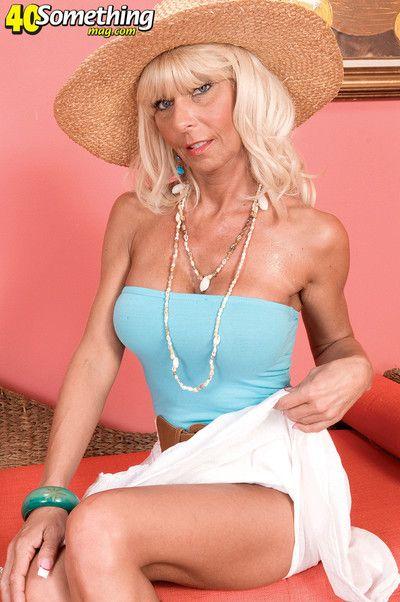 Stormy Lynne