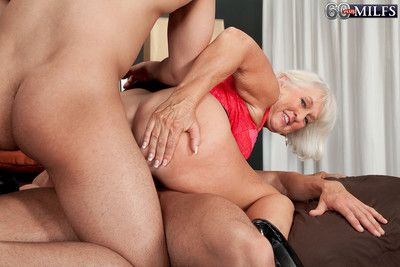 Mature double penetration in hardcore threesome action