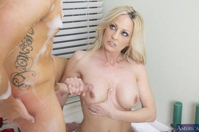 Horny blonde milf got nailed her sweety