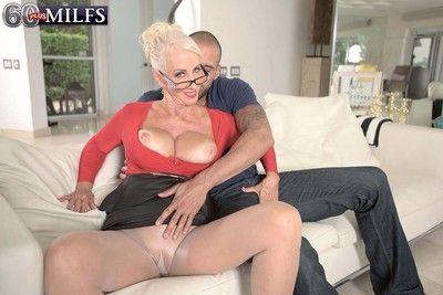 Busty milf whore madison milstar fucking stiff cock